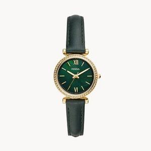 🌼 NWT Fossil dark green leather watch